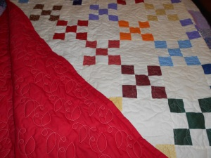 9 Patch w red backing quilt 001