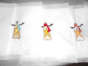 Embroidered snowmen for another quilt (7)