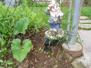 Look closely under the guarding gnome!!