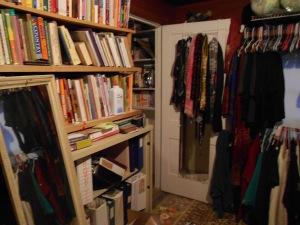 Time to organize dressingroom_craft room 05092013 (1)