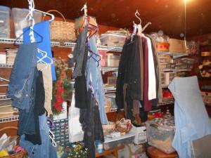Time to organize dressingroom_craft room 05092013 (3)