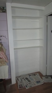 Guest room bookshelf paint job 022016 (2)
