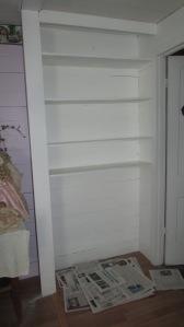 Guest room bookshelf paint job 022016 (2)